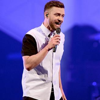 Justin Timberlake Chokes Up After Accepting a Gift From 10-Year-Old Fan at Brooklyn Concert