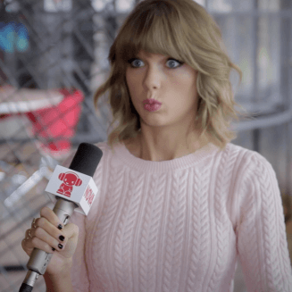 Smallzy has a quickie with Taylor Swift