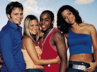 S Club 7 to reunite