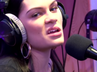 Guy dubs over Jessie J's performance of 'Bang Bang'