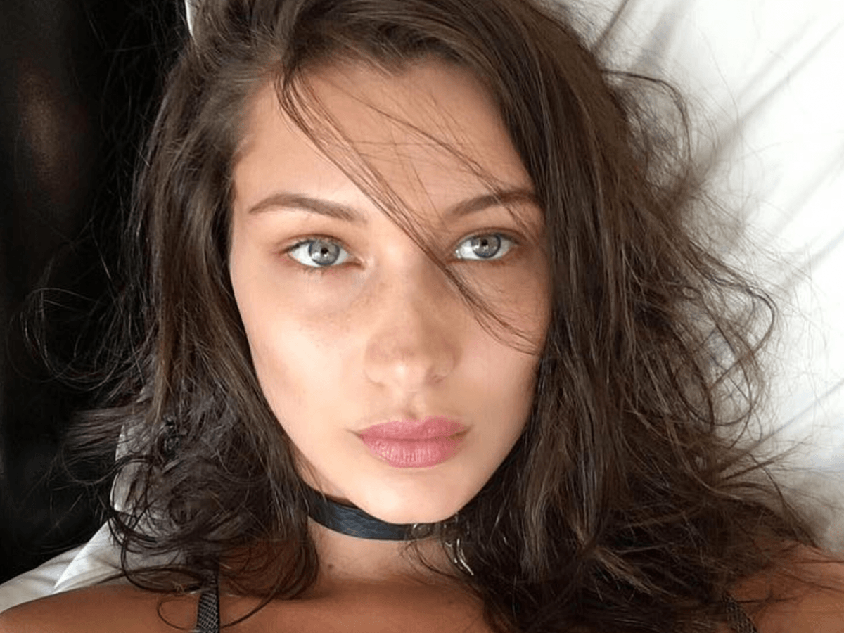 Bella Hadid Lands Victoria S Secret Gig And Shows Us Her Angel Body Nova 100
